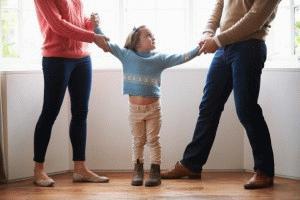 2. s-kem-iz-roditelej-ostanetsja-rebenok-pri-razvode