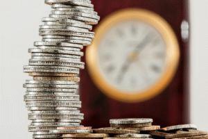 Алименты на ребенка и брак: особенности выплат по семейному положению