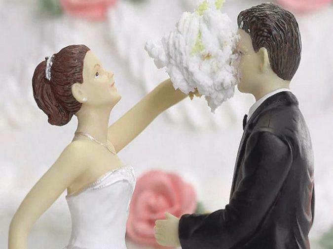 Иногда брак распадается через месяц