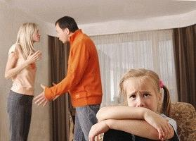 Мать не дает ребенка отцу до развода