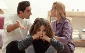 Женщина с детьми после развода